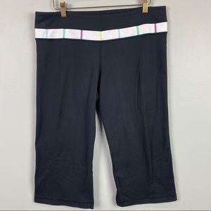 Lululemon Reversible Capri Leggings Size 12